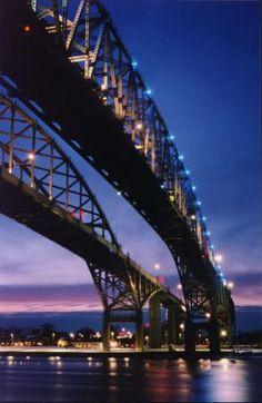bw bridge picture